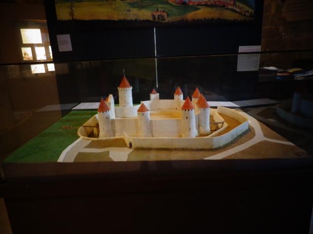 Maquete do castelo de Felipe Augusto