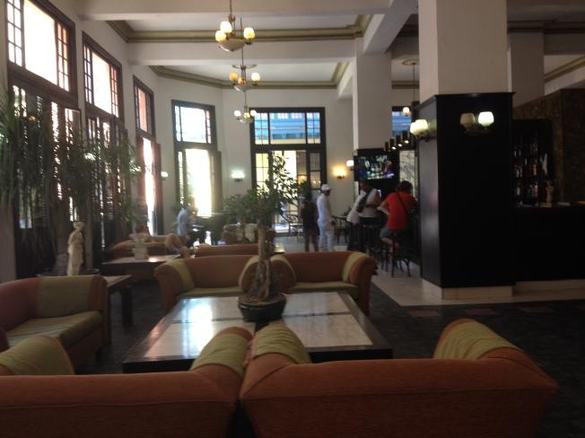 Hall do Hotel Ambos Mundos