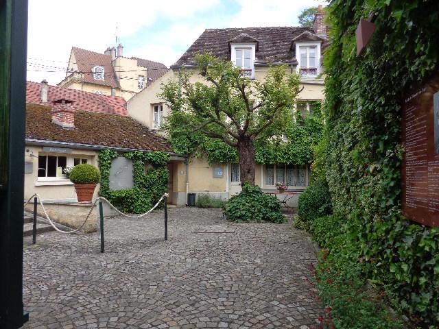 Entrada para o Aubege Ravoux.
