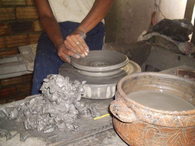 Produção de cerâmica marajoara, em Soure,Ilha do Marajó.