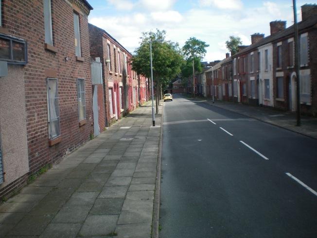 Numa dessas casinhas do lado direito morou Ringo.